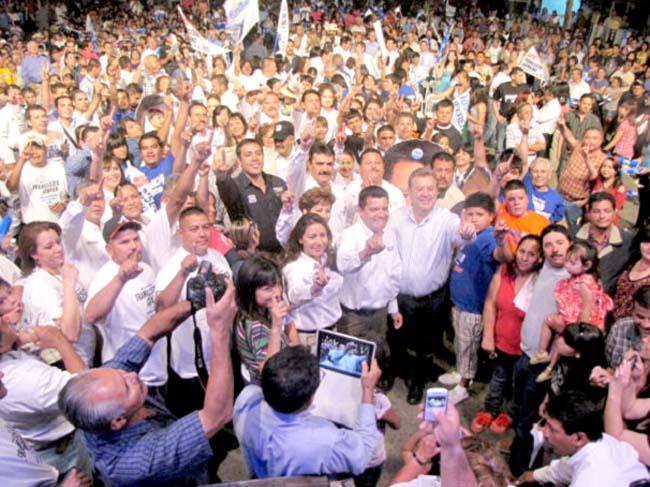 Inicio de campaña de los candidatos del PAN en Cananea